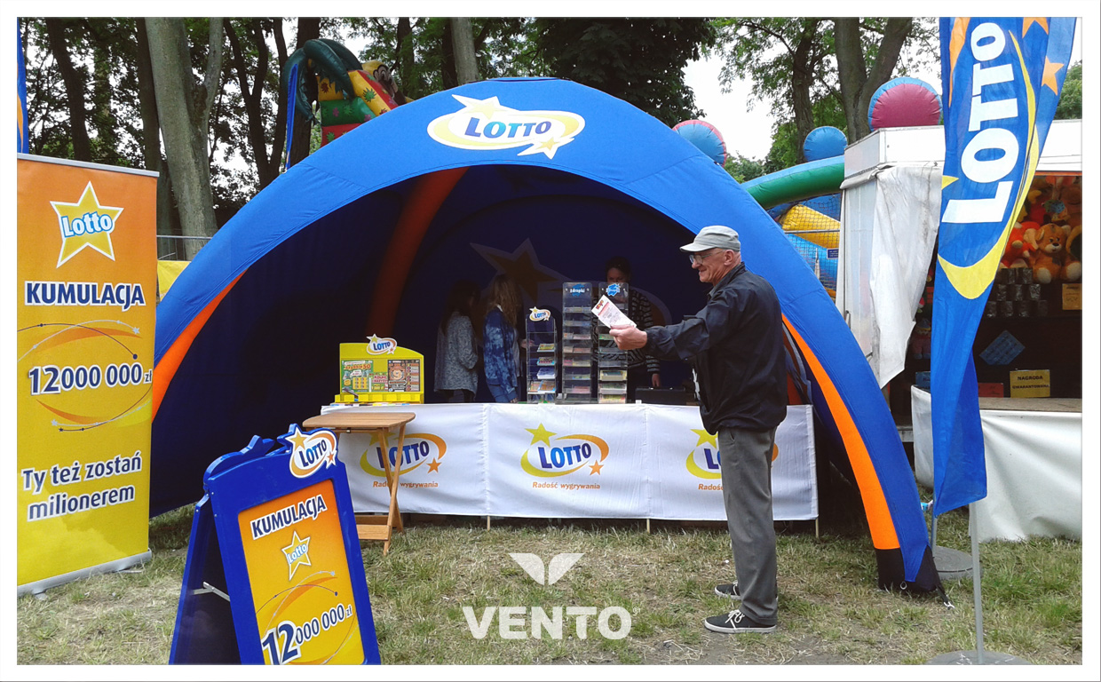 Constant pressure tent for Lotto during outdoor event.