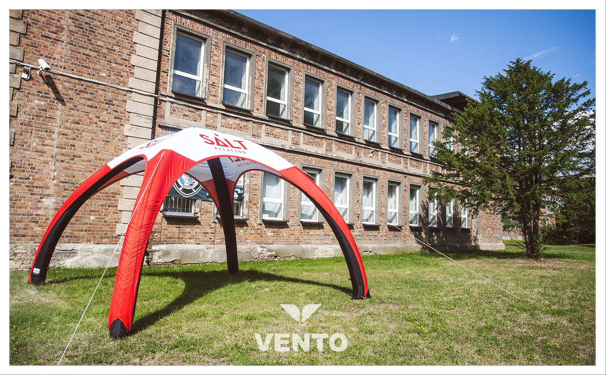 Salt Aviation branding - VENTO tent.