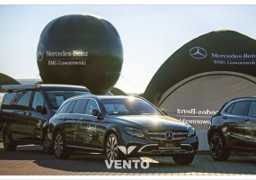 Media set with Mercedes Benz branding: VENTO tent and Beta balloon.